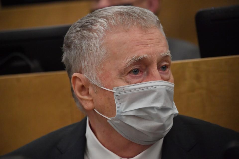 Жириновский предложил допускать наблюдателями на выборах только привитых от коронавируса