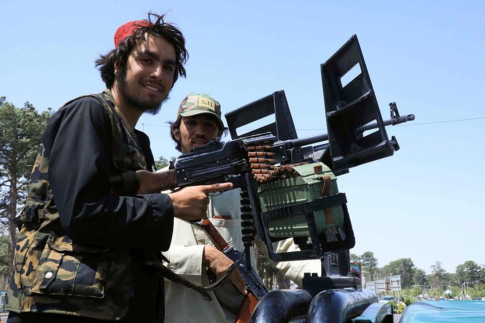 Hа милосердие исламистов надеются не все. Боевики уже объявили, как будут наказывать тех, кто сотрудничал с западными державами