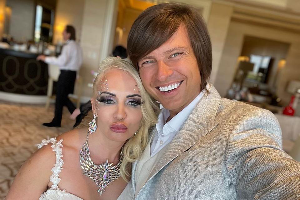 Оказывается не просто так скандальный певец Прохор Шаляпин летал недавно к своей возлюбленной в Америку.