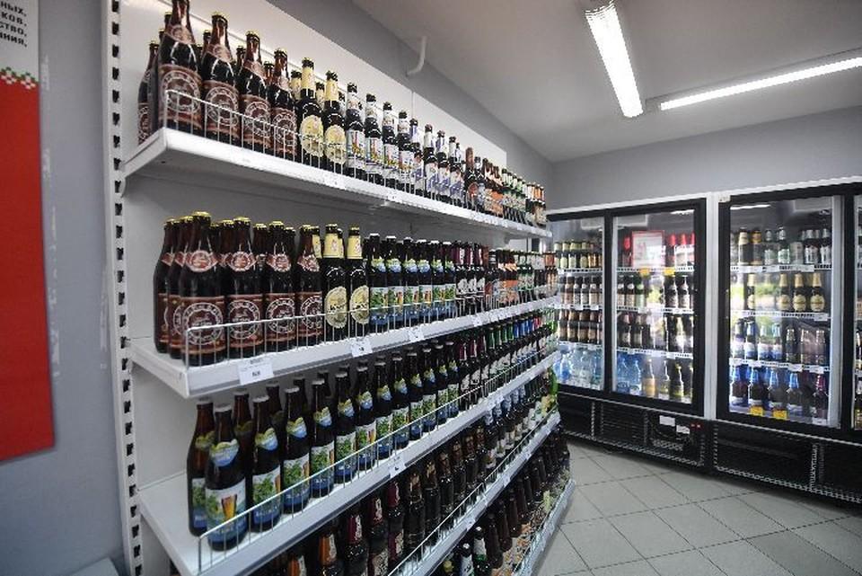 Жительница Рыбинска украла из магазина 17 бутылок со спиртным