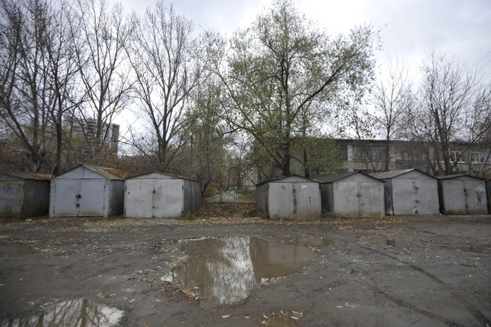 У 18000 из 58000 гаражей в Кирове отсутствует информация о правообладателях.