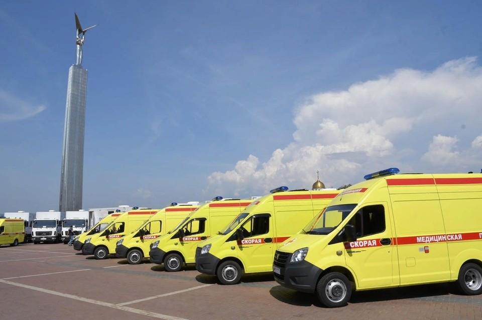 На данный момент уже 900 новых «скорых» доставлены в регионы РФ и приняты в эксплуатацию