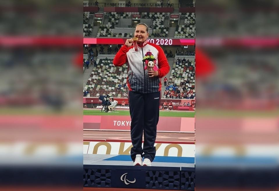 Золото Галины Липатниковой вывело Россию на второе место в зачете Паралимпиады. Фото: личный архив спортсменки.