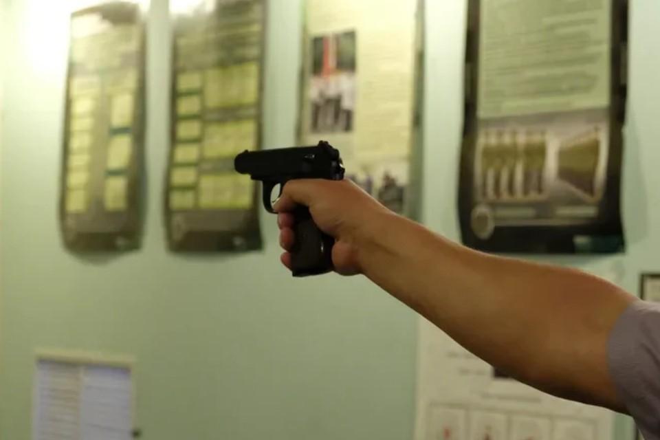 В Кудрово неизвестный мужчина ограбил банк.