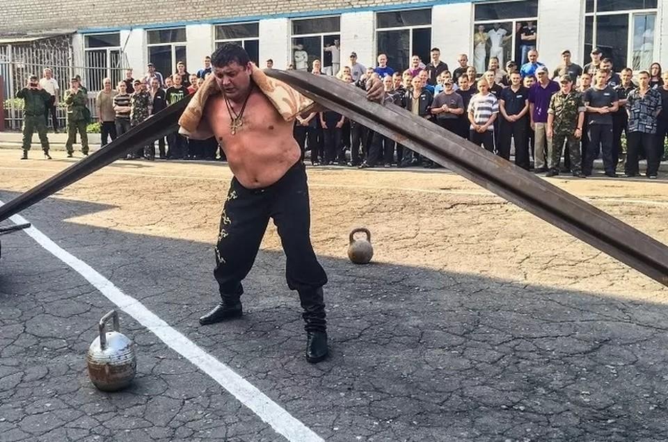 На счету Дмитрия Халаджи более 60 рекордов