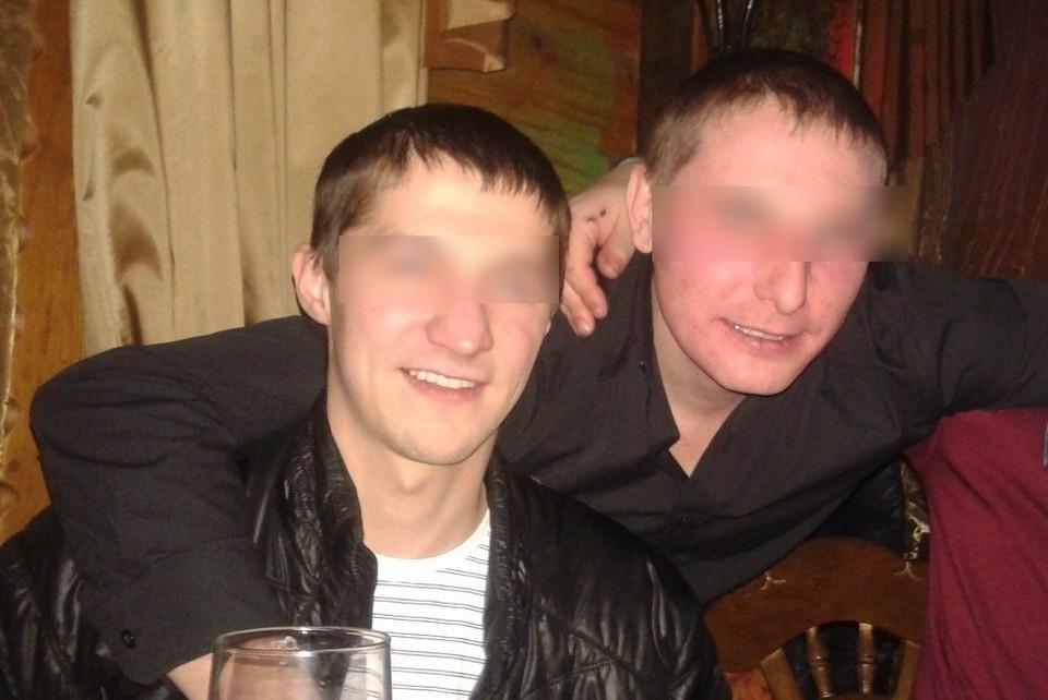 Вячеслава Матросова (справа) подозревают в убийстве друга-педофила (слева)