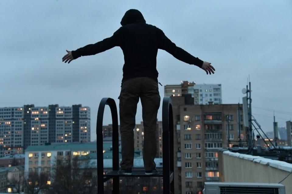 Мужчины значительно чаще сводили счеты с жизнью в Крыму за прошлый год, чем женщины