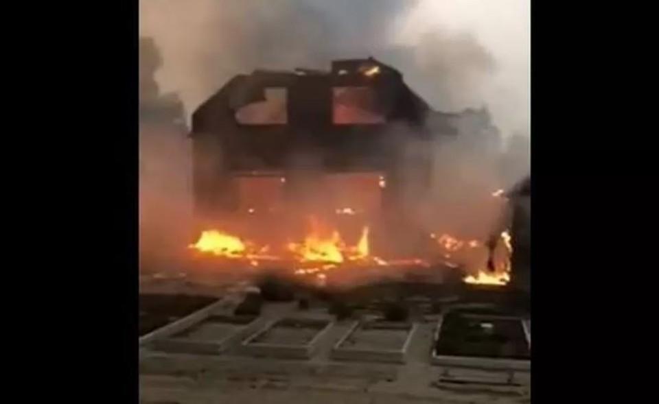 Жители сгоревшего в Тюменской области СНТ «Солнышко» добились выплат через прокуратуру. Скриншот из видео.