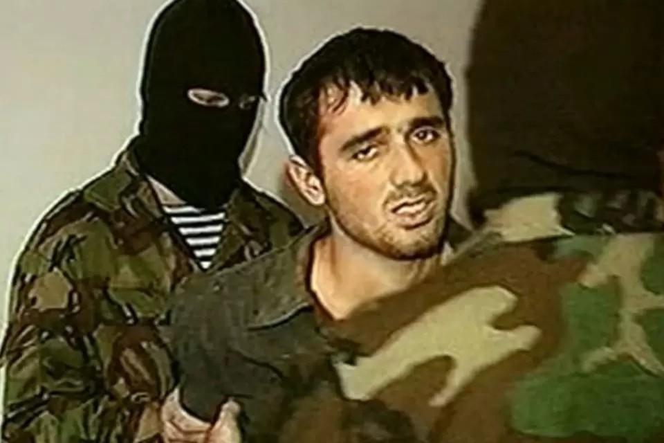 Нурпаша Кулаев отбывает пожизненное наказание в самой суровой российской тюрьме. Скрин-фото: оперативная съемка ФСБ