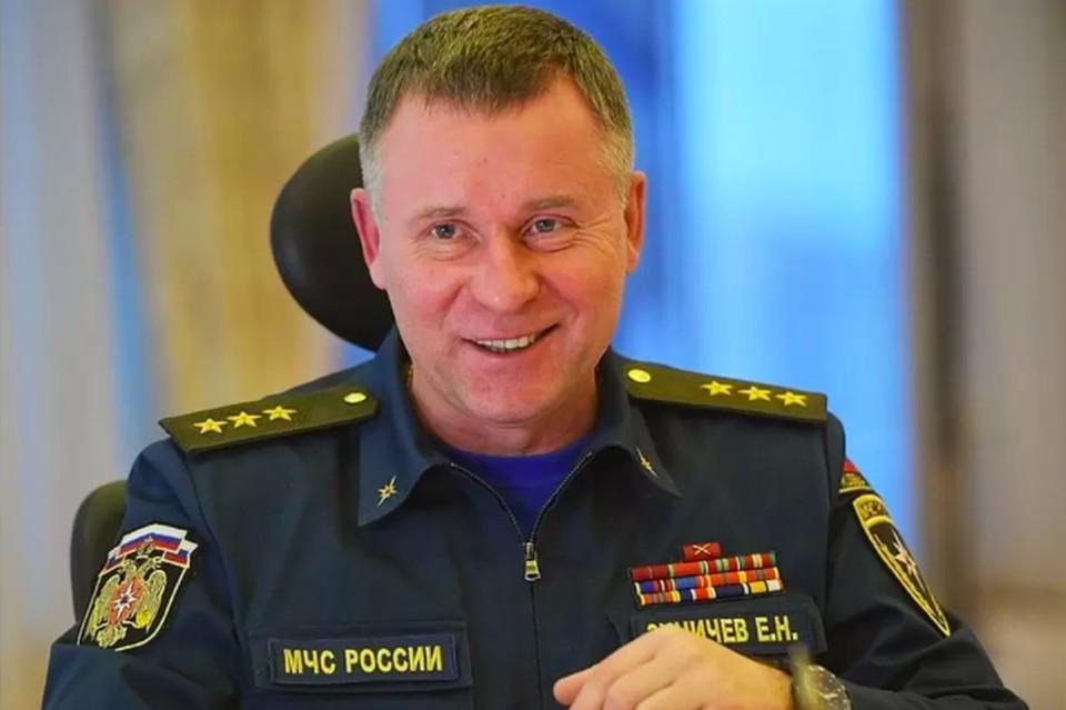 Губернатор Петербурга выразил соболезнования в связи со смертью главы МЧС России