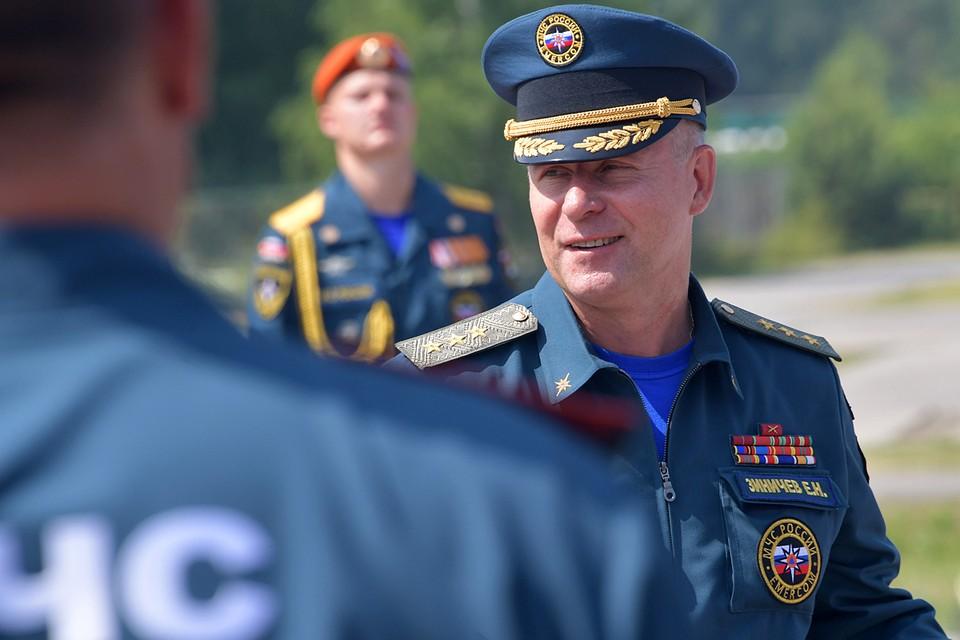 Евгений Николаевич - настоящий русский спасатель