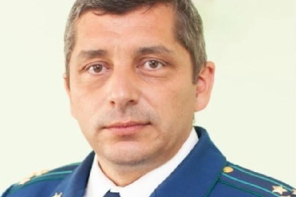 До этого момента Валиуллин занимал должность начальника управления по надзору за следствием, дознанием и оперативно-розыскной деятельностью прокуратуры Татарстана.