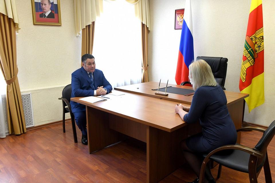 К губернатору обратилась стершая медсестра Максатихинской ЦРБ.