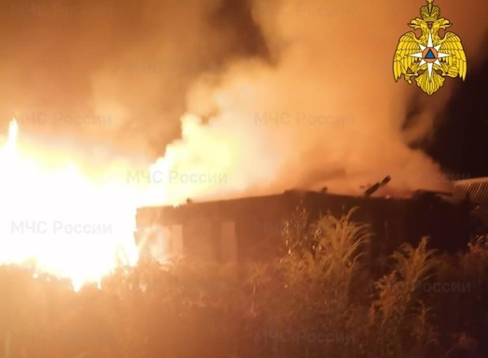 Пожар дачи в Кирове.
