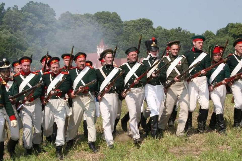 К 200-летию битвы под Фридландом 17 июня 2007-го на окраине нынешнего Правдинска прошла реконструкция сражения, которая до сих пор считается у нас непревзойденной по масштабам и уровню.
