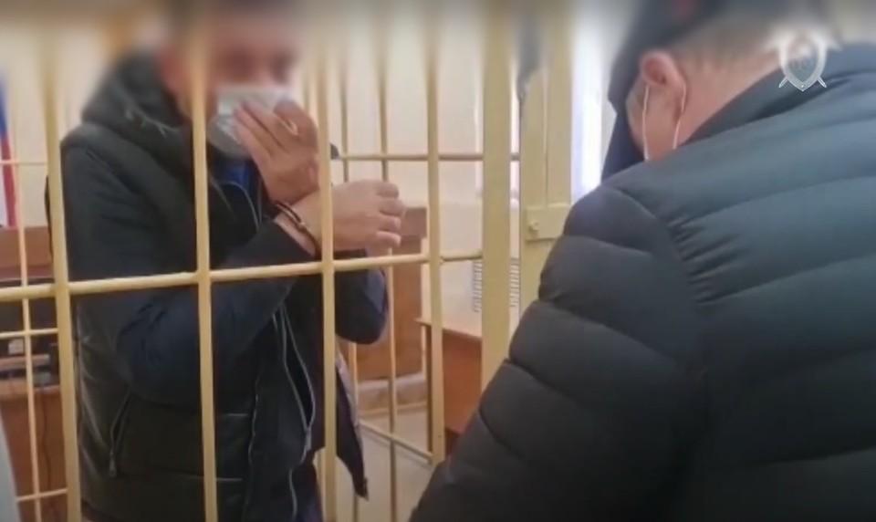 Суд удовлетворил ходатайство следствия о заключении под стражу подозреваемых в покушении на убийство ребенка. Фото: СУ СК России по Иркутской области