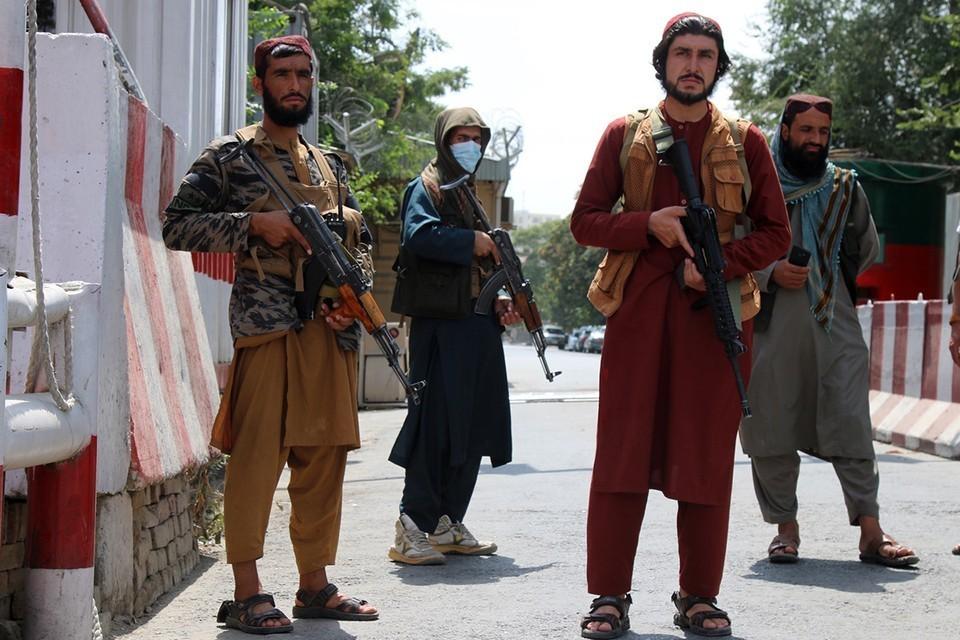 Франция отказалась признавать правительство талибов* в Афганистане