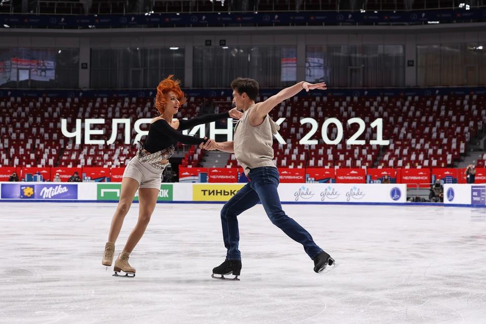 Тиффани Загорски и Джонатан Гурейро в Челябиске показали свой ритм-танец