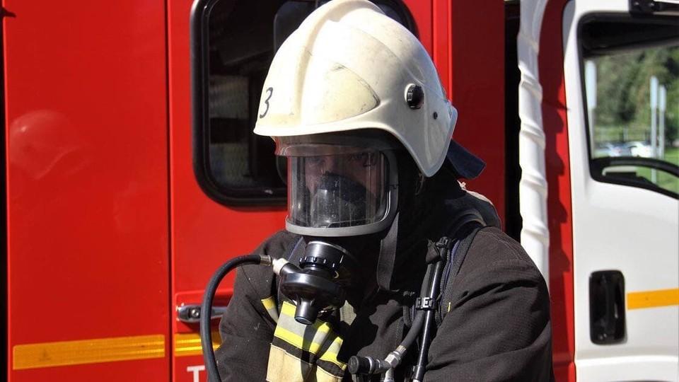 Пожарные быстро справились с огнем.