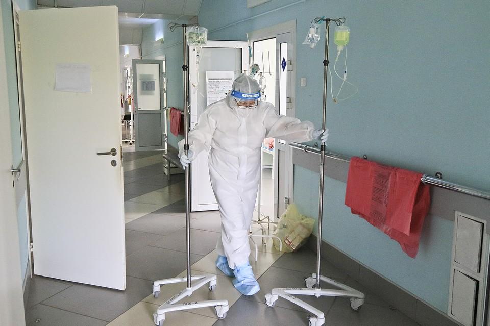 44 новых заболевших были госпитализированы, 399 – лечатся амбулаторно.