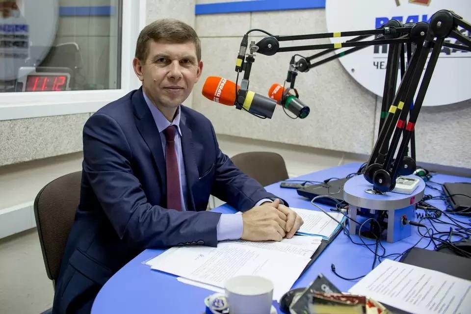 Первый замминистра строительства Челябинской области Иван Белавкин обвиняется в получении взятки в особо крупном размере.