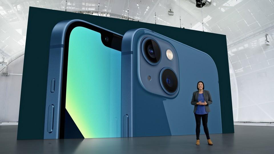 Apple раскрыл стоимость новых iPhone в России