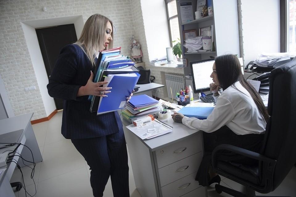 Женщины жалуются на дискриминацию при устройстве на работу чаще мужчин