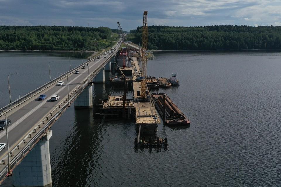 Пролеты моста довели уже до третьей опоры. Фото: ПКК.
