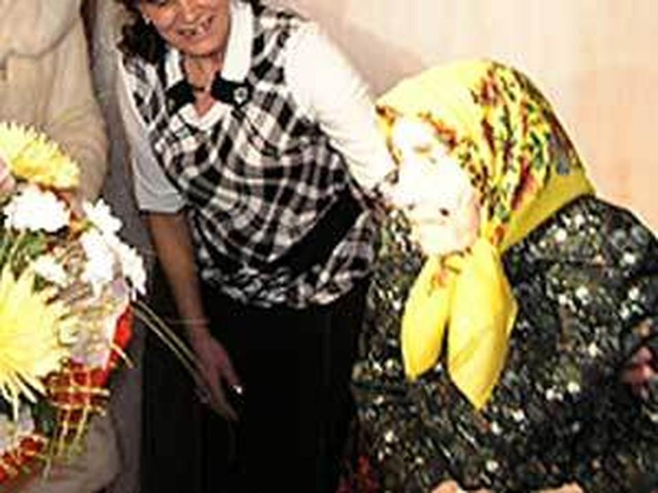 Старейшая жительница Иркутска отметила сегодня 110-летний юбилей. Фото Екатерины Шултэ.