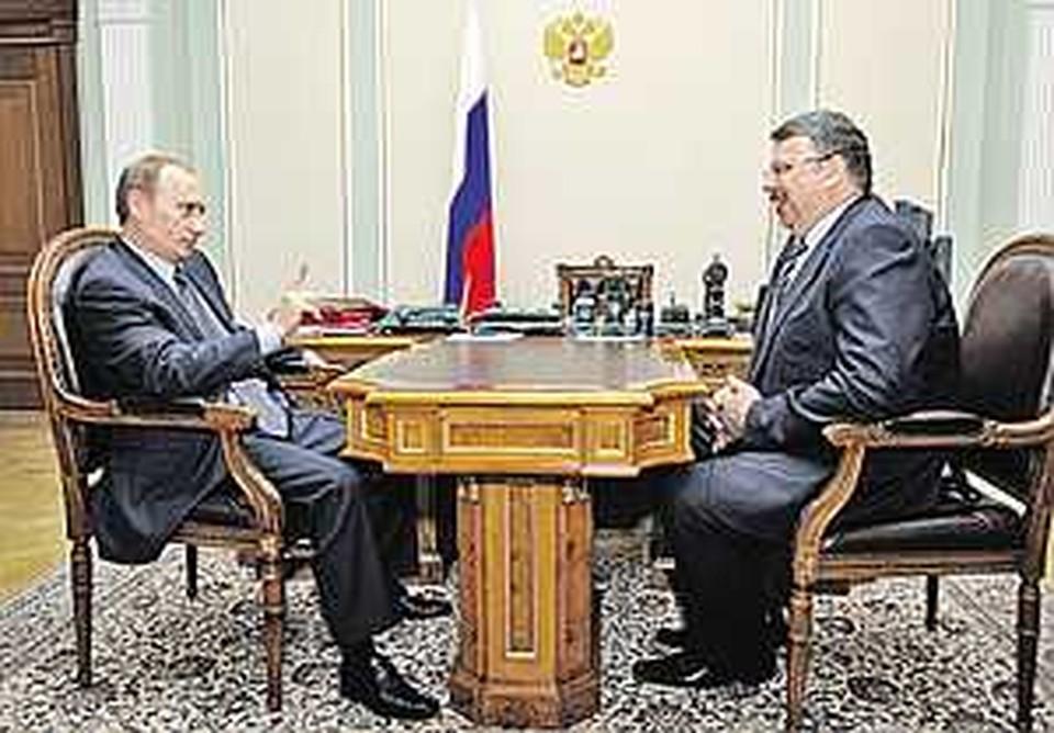 Владимиру Путину пришлось даже погрозить пальцем главе таможенной службы Андрею Бельянинову, пошутившему о «работе на себя».
