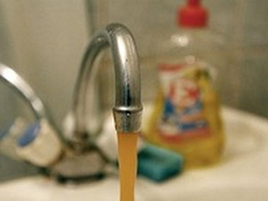 Можно ли пить воду изпод крана Какую воду наливают в