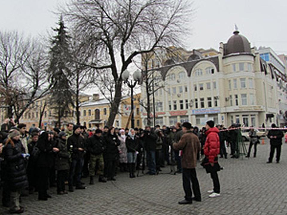 На акцию протеста в Тамбове собралось полторы сотни человек.