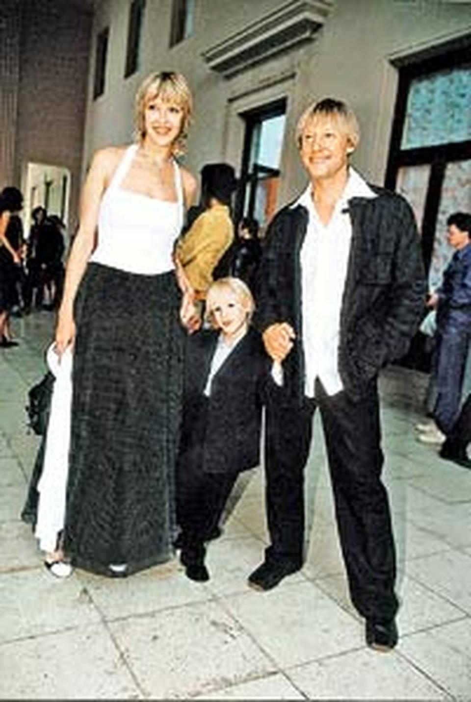 Шестилетний Ваня Харатьян растет таким же улыбчивым, как мама Марина и папа Дима.