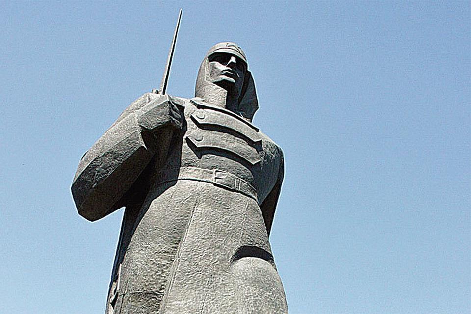 Цены на памятники в ставрополе с хозяйкой памятник из гранита минск на