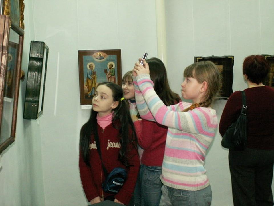 Ценность икон определяли специалисты Мурманского областного художественного музея.