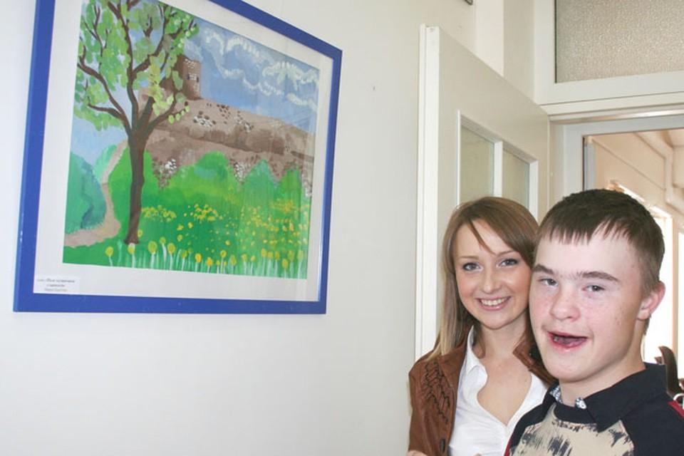 Ребята с удовольствием рассказывали о своих картинах и об Изборске