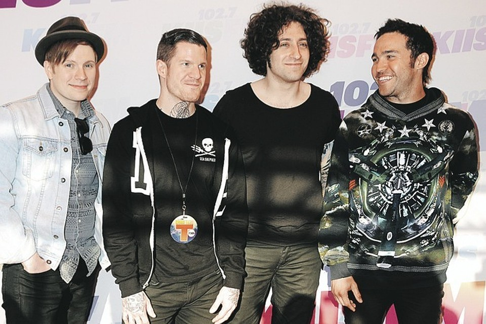 Член fall out boy