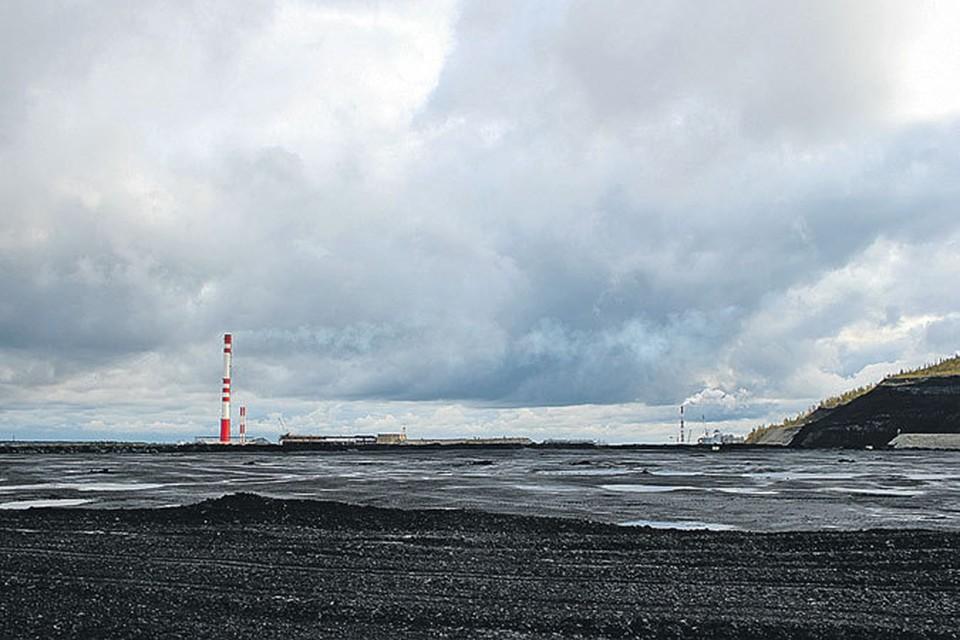 Правительство Эстонии признает: на долю сланцевой энергетики приходится 80% загрязнения экосистемы страны. Евросоюз требует свернуть сланцевую программу.