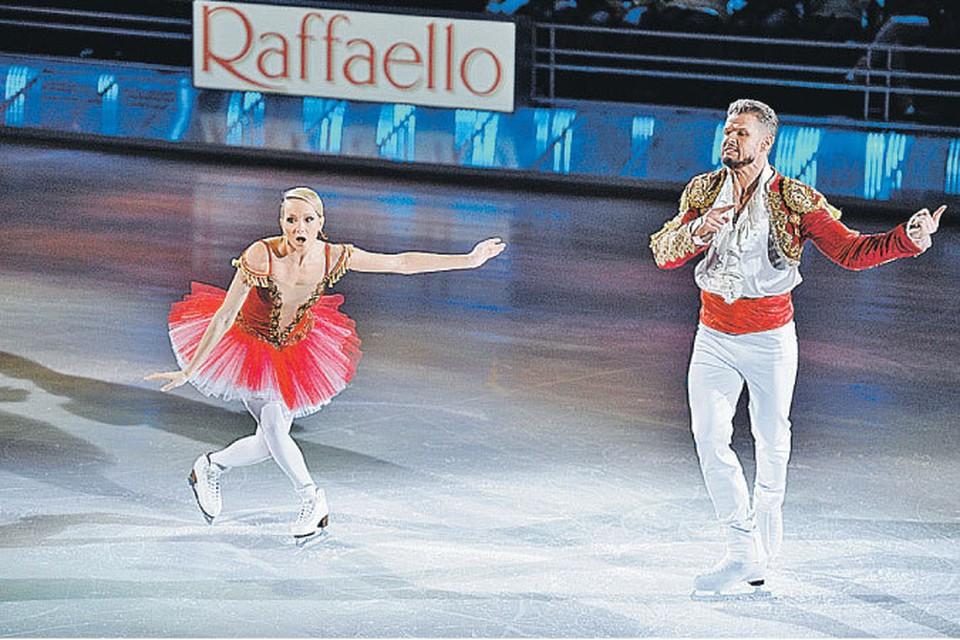 Оксана Домнина и Владимир Яглыч - красивая пара на льду и вне его.