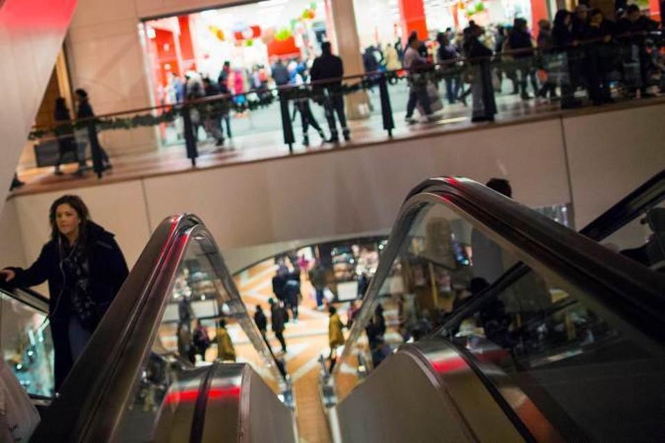 После Рождества во всех магазинах США начинаются грандиозные распродажи