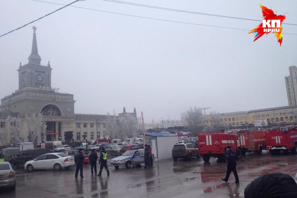 На вокзале прогремел взрыв.