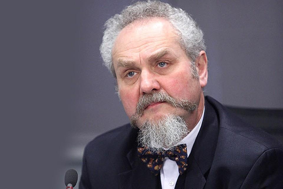 Преподавателя МГИМО Зубова восстановили в должности