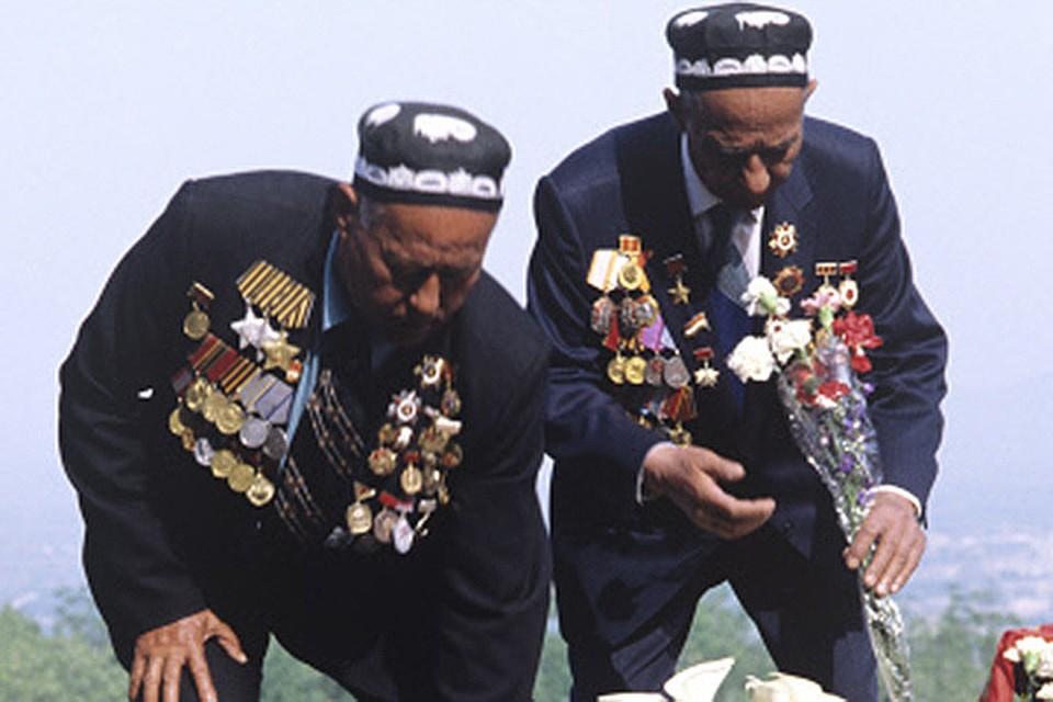 В Таджикистане любят русских не за их деньги, празднуют Девятое мая навзрыд, вспоминают нашу общую жизнь с грустью
