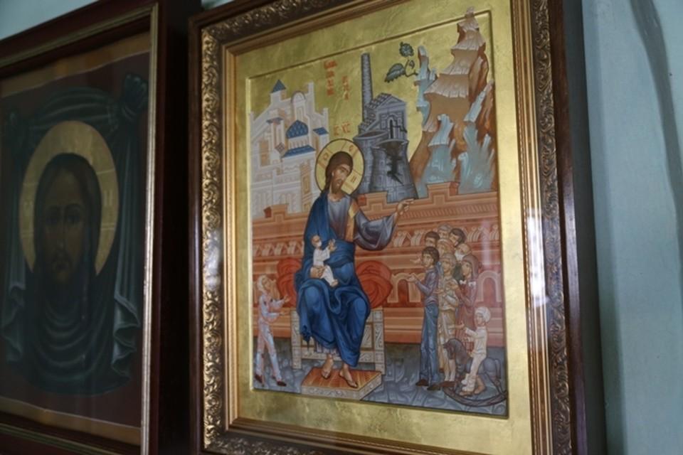 В Казани выставили первую в России икону, посвященную Чернобылю.