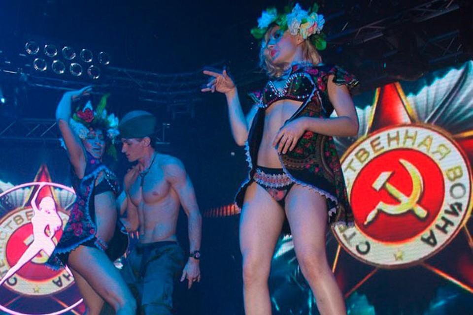 После скандальной вечеринки ночной клуб проверила прокуратура.