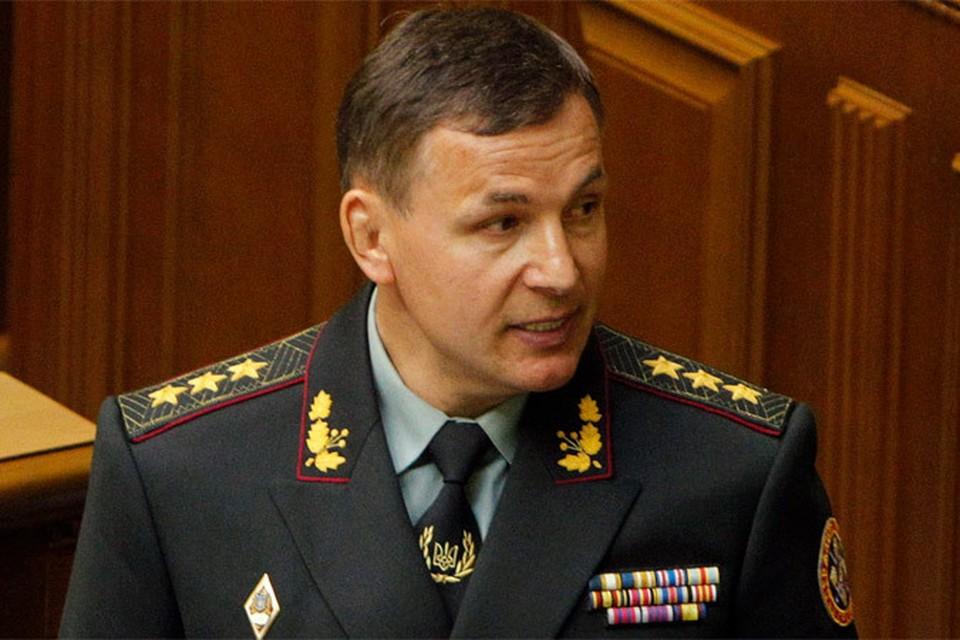 Новый министр обороны Украины Валерий Гелетей пообещал парад в Севастополе.