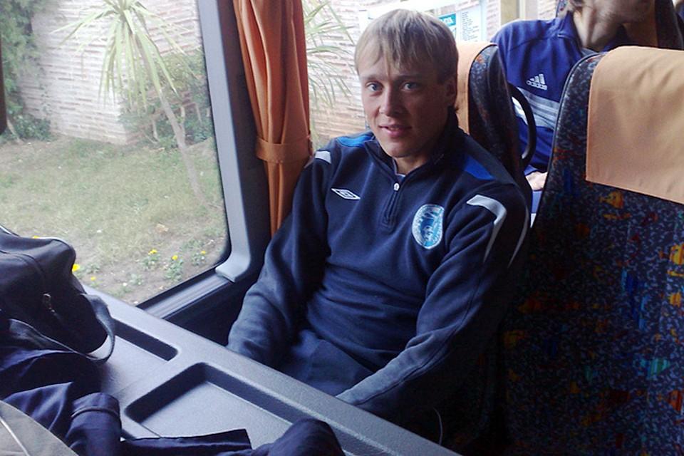 Набираем номер Николая Мыльникова. Его команда сегодня сразится на поле с командой из Чебоксар