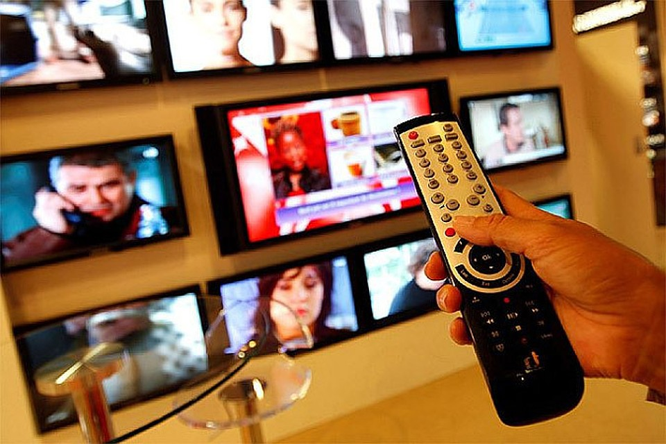 essays on reality television shows Reality television in society essays reality television is just that television television is a form of entertainment most television shows, except for.