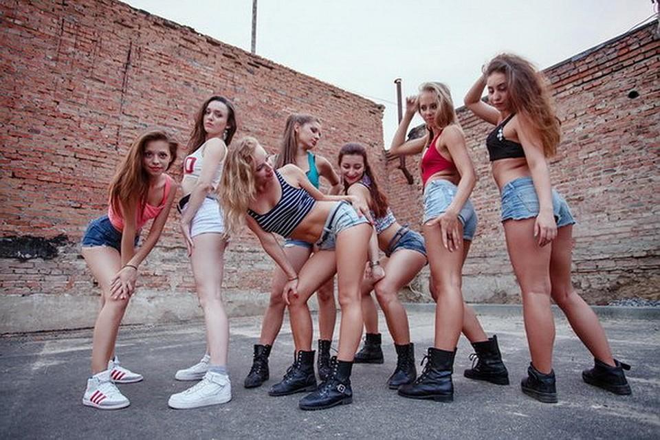 Девочки с огромными жопами фото видео