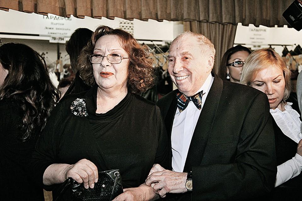 В браке с Натальей Теняковой Сергей Юрьевич счастливо живет уже 45 лет.